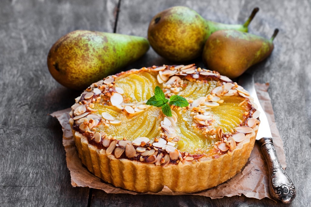 Pear tart with almond cream